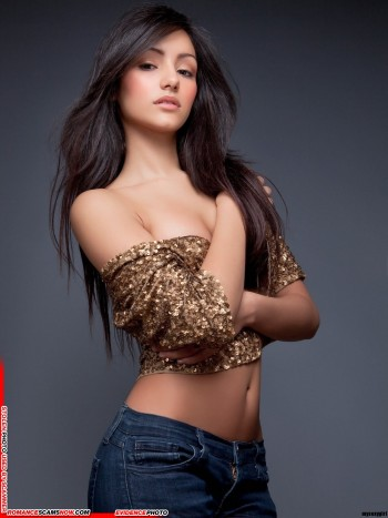 KNOW YOUR ENEMY: Melanie Iglesias - Another Favorite Of African Scammers 9