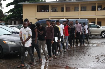 EFCC Arrests 27 Suspected Fraudsters in Ogun
